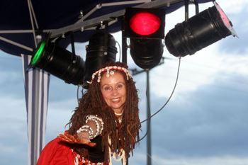 Foto dancing raven woman Programme Neustadt